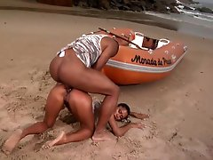 Brazilian Whore Gets Ass drilling Sex Outdoors In The Beach By a Huge Ebony Dong