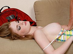 Drunk redhead chick finds herself getting drilled