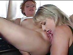 Mature Lesbian babes - M27