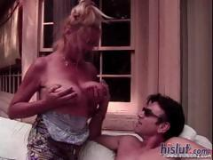This mature lady likes to get on top