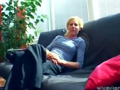 German amateur discharges porn in her living room - Sascha Production