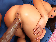 `Jayna is a sanitation employee cleaning adjacent to the town. On her lunch break, this sweetheart polishes O.G.'s 14`` black knob and makes sure its cleaned properly with her moist throat! This Toddler didn't expect to clean adjacent to the eminent cum s