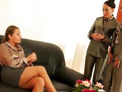 Pissing lesbian threeway glam joy foreign europe