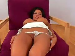Breasty babe Alison Star plunges some fingers in her dream pussy this morning