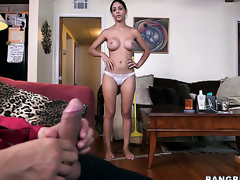 Chachita finds man sexy and takes his hard love wand in her mouth