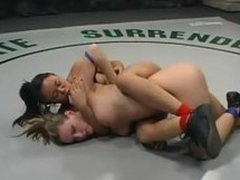 Annie Cruz copulates busty blonde Be at one with a strapon superior to before tatami
