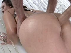 Pornstar Holly West gets stabbed deep in her ass loving it from her back