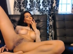 Big-Titted nymph satisfying nearly A oustanding toy