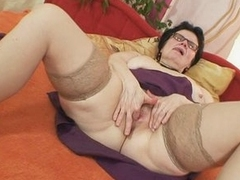 Aged grandma inside glasses fingEring her hairy bawdy cleft