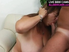 Mature bbw enjoys tit fucking and opens greasy cunt for pounding