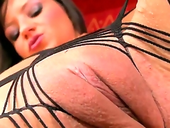 Brunette makes her sexual fantasies a reality in solo scene