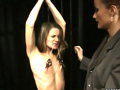 Golden-haired Katy Parker with juicy jugs offers her fur pie pie to lesbian Lillandra