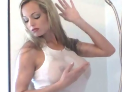 Bosomy MILF Mia pleasuring her pussy in the shower