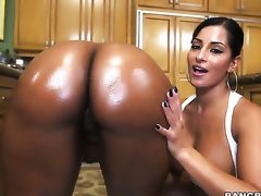 Darky with juicy booty and Nina Rotti strips naked before they have unthinkable lesbian sex together