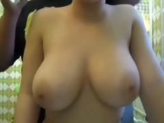 Do u like her love bubbles?