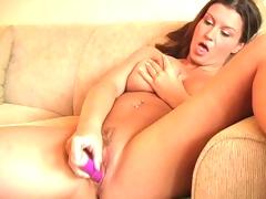 Hotty demonstrates hot body