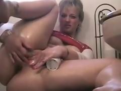 BBW mom gets off at eye level