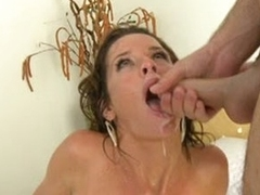 Watch those awesome cumshots with beautiful milfs !