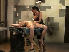 Brunette Mandy Bright and Lucy fulfill their sexual desires licking each others pussy